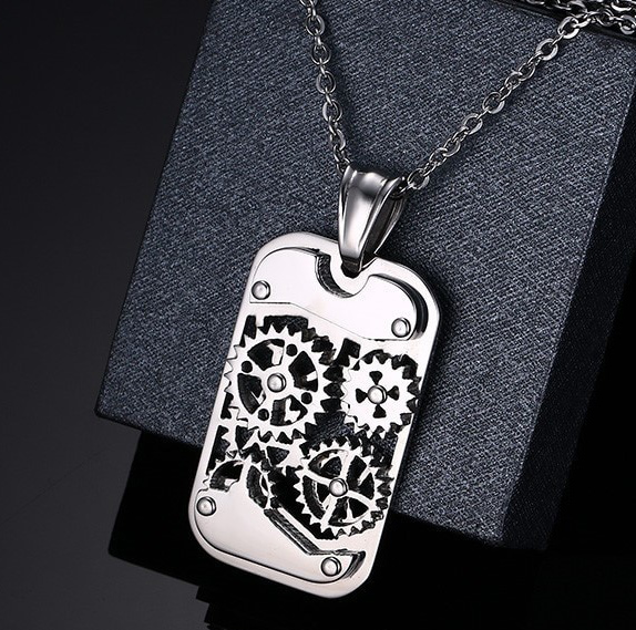"Collier pendentif homme ""Silver gearing"""